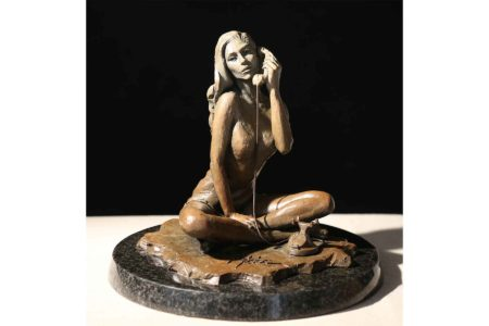 Black Phone - Brown sculpture
